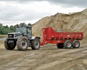 Nosič kontejnerů za traktor